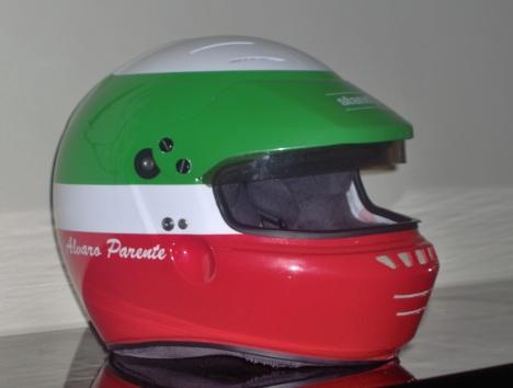 O capacete com que Álvaro Parente encerrou a sua carreira